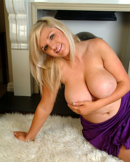 ellie-jay-massive-boobs